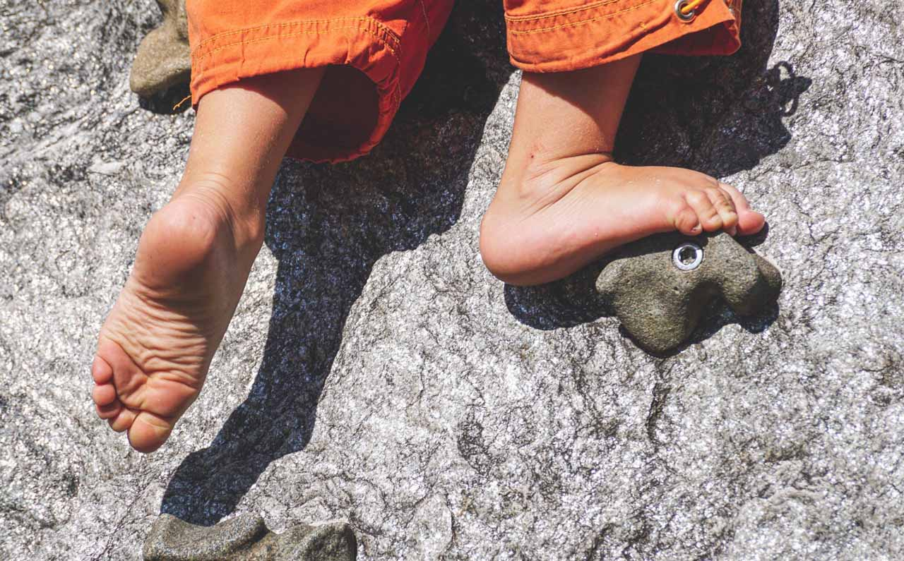 bouldering foot placement